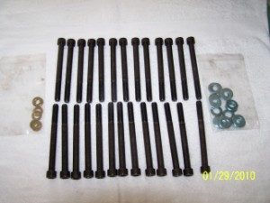 24 Valve Head Bolts (300 x 225)